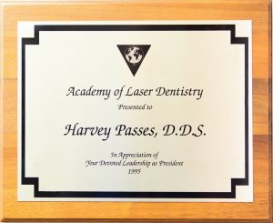 Harvey Passes certificate of laser dentistry